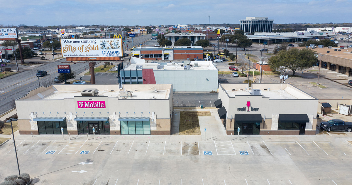 CRE for Sale on Valley Mills Drive in Waco, Texas